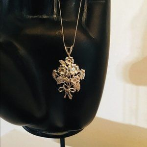 STERLING SILVER BOUQUET OF FLOWERS PENDANT